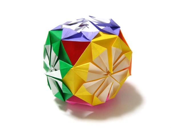 すべての折り紙 折り紙メダルの作り方 : メダルのくす玉・巻貝とワニ ...